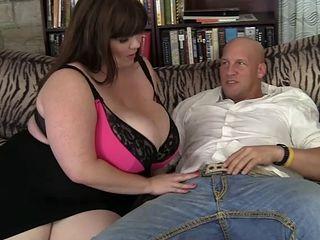 Fucking a horny fatty's face and slippery hole tirelessly
