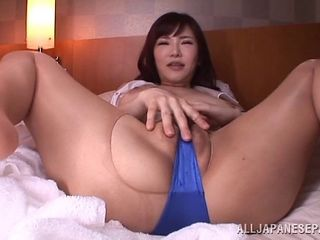 Filling up her hairy cunt with jizz after he rams her