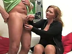 He whips it out and she gives a hot handjob
