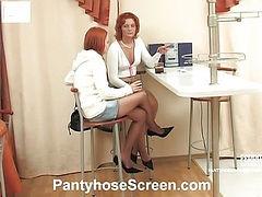 Clara&Hannah horny pantyhose video