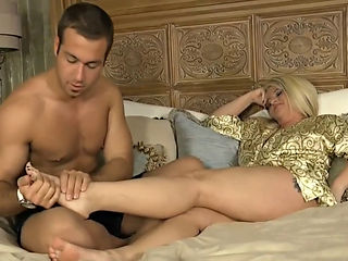 Busty Milf Stepmom Seduced By Stepson