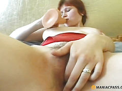Girl in her pussy shoves sex toy