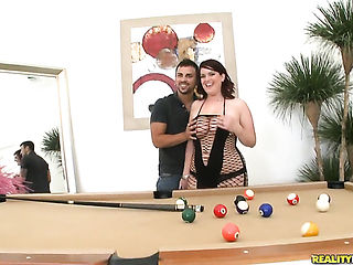 Piercings Ruby Port with big ass and hairless pussy puts her lips on Voodoos meat stick and sucks it hard and deep