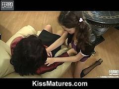 Frances&Agatha mature in lesbian action