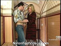 Benett&Monty nasty nylon feet video