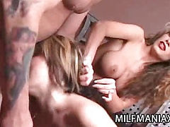 Horny Babes in Three Way