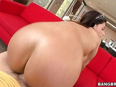 Bella Reese Knows What She Got