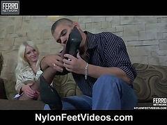 Hilda&Max mindblowing nylon feet movie