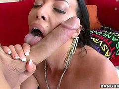 English MILF gets pounded