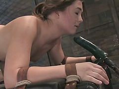 Savannah West: First time Fisted