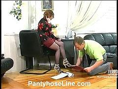 Chloe&Peter cool pantyhose video