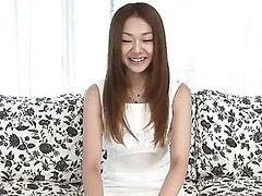 Cute teen Sakura Hirota gobbles a big fleshy bananna