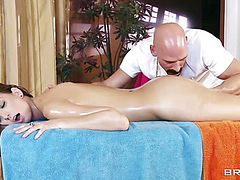 Naked babe getting hot deep massage