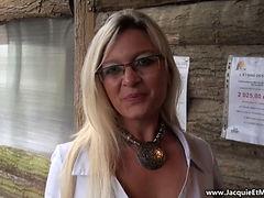 French Milf Mia Outdoors Anal