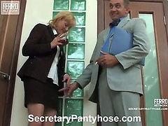 Emilia&Desmond secretary pantyhose action