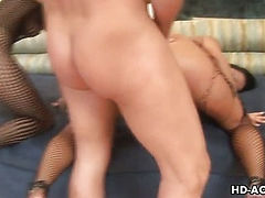 Sandra Romain and Angelica Lane threesome