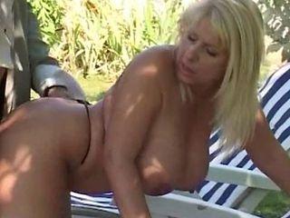 Heidi Cassini Sucks And Fucks In The Garden