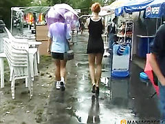 During the rain pissing chick