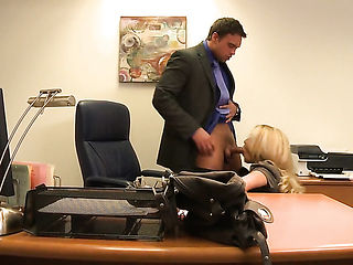 Jessica drake feels the best feeling ever with mans sticky sticky nectar all over her face