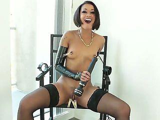 Kinky ebony girl Skin Diamond plays with pegs and vibrator