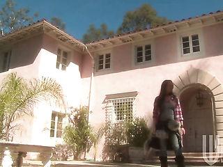 Alektra Blue going solo for camera  : Pornalized.com erotic videoclip
