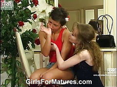 Leila&Sheila lesbian mature movie