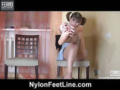 Gloria nylon feet teaser