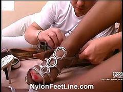 Gwendolen&Adam nylon footsex movie