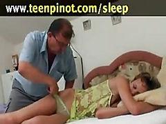 Epicurean sex kitten fucking hard by her partner in flop whi