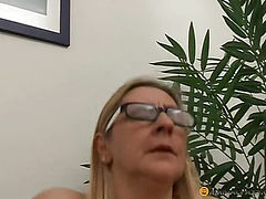 In her hot anal shoves his dick