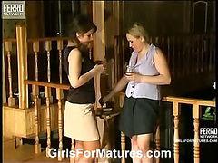 Sara&Stella pussyloving mom on video