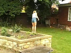 British Women Gives A Blowjob In The Garden