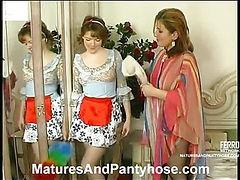 Elisabeth&Ninette mature pantyhose movie
