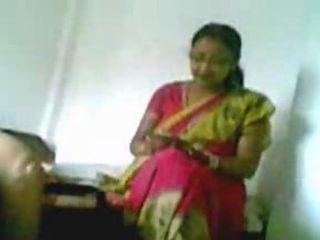 Indian aunty fucked by hubbys friend