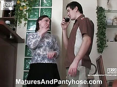 Victoria&Vitas mature pantyhose video