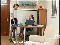 Marion&Rita hot nylon feet movie