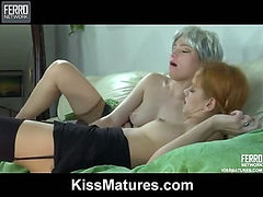 Rita&Salome mom in lesbian action