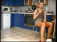 Hot Cute Mom Got Fucked In Kitchen
