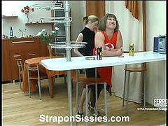 Ninette&Adrian strapon sissysex movie