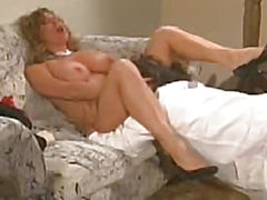 Clever guy caresses pussy blonde