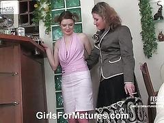 Elisabeth&Ninette mature in lesbian action