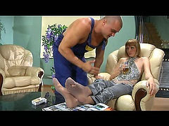 Olivia&Nicholas mindblowing nylon feet action