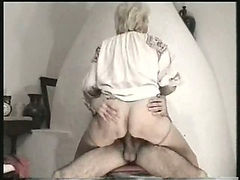 Curvy old granny in stockings has sex