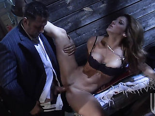Kayla Paige is curious about oral sex with hot dude