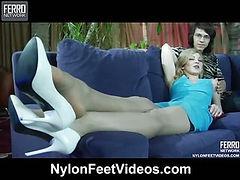 Ninette&Harry hot nylon feet action