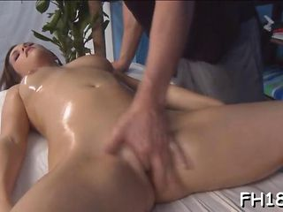 Kinky Oily Babe Gets Finger Banged By Her Masseuse
