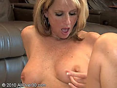 Mature Babe Jodi West Toys Pussy