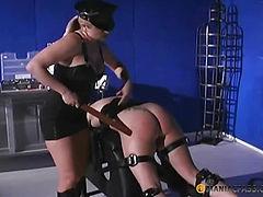 Spanks her beauty ass