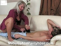 Jessica&Rolf pantyhose mom on video