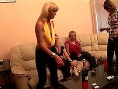 Kinky blonde stud seduces the hard dude